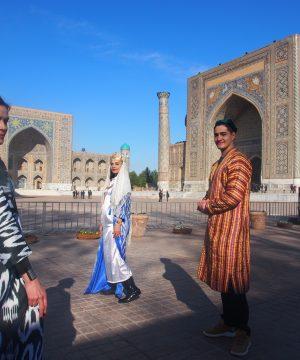 Ann, Nafisa, Timur in Samarkand Beauty